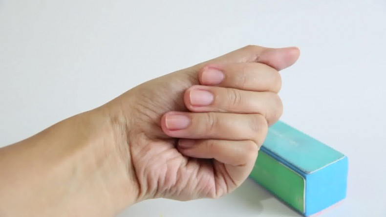 Buff-Your-Nails-Step-7-preview