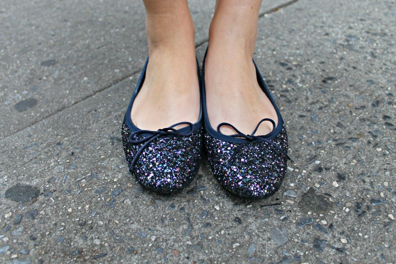 Navy-Glitter-Ballet-Flats