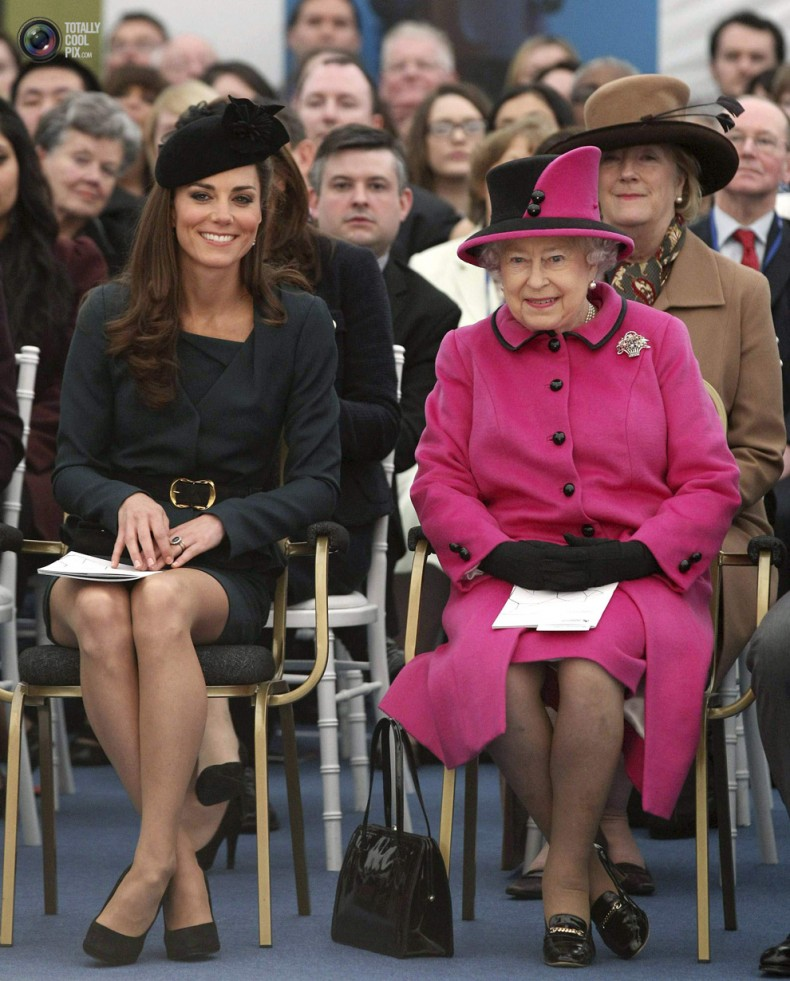 kate-and-queen-ankles-crossed