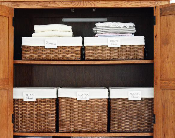 original_toni-hammersley-organized-linen-basket_s4x3_lg