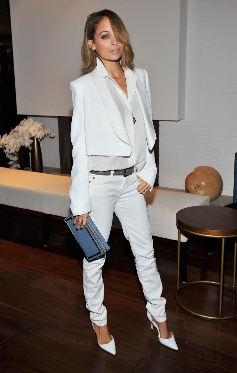 nicole-richie-chloe-white-jeans-blazer-main