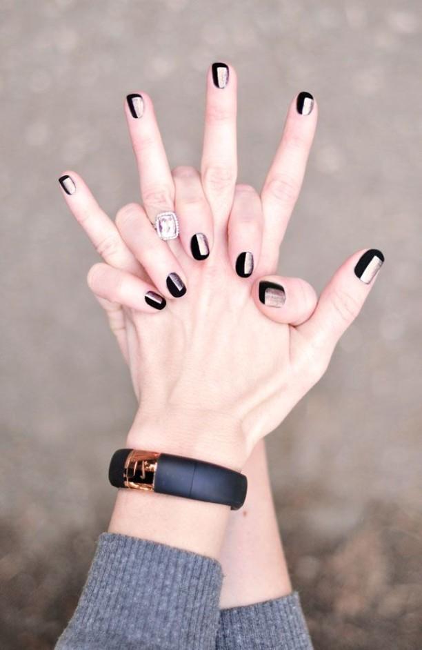 Gold-Manicure-2-612x942
