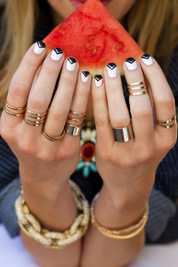 Gold-Manicure-4
