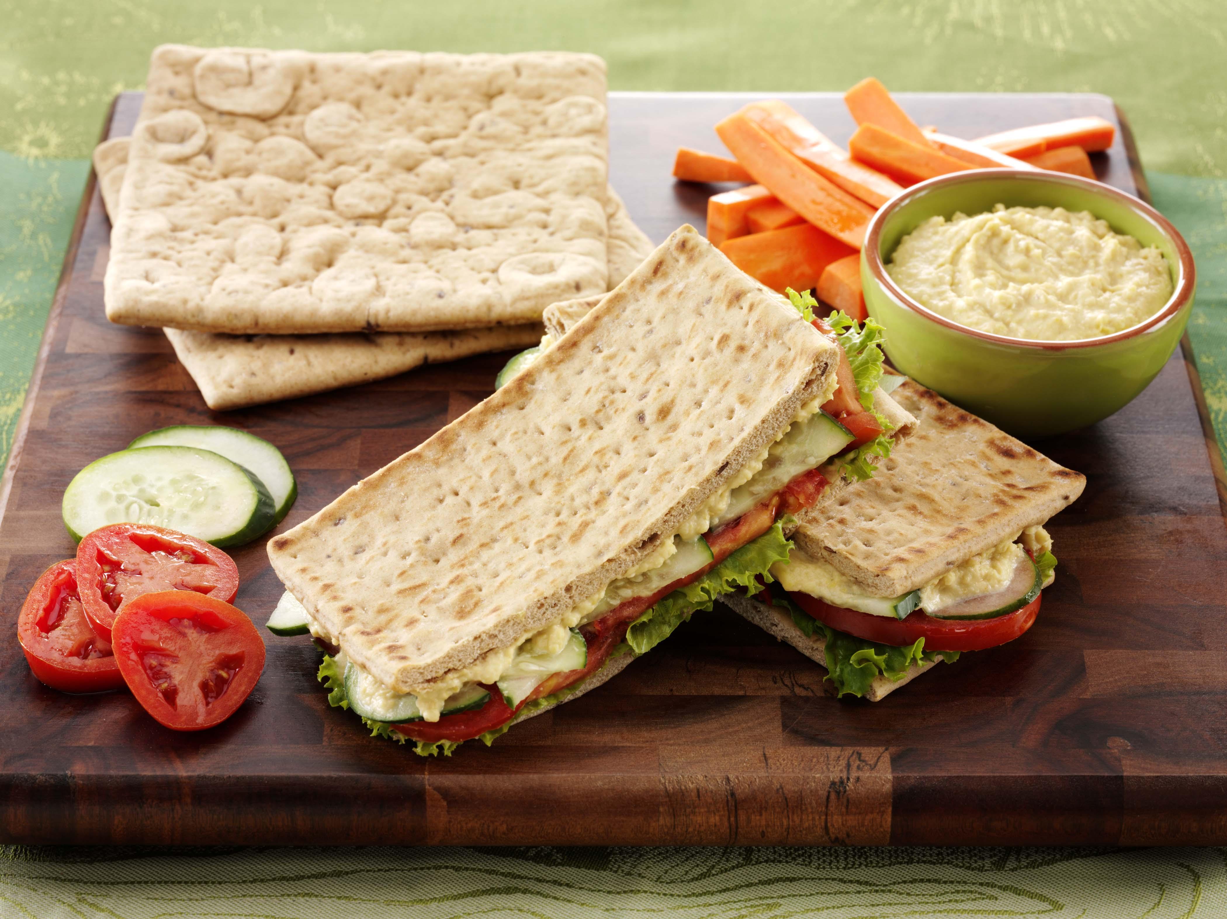 Veggie_Hummus_Sandwich