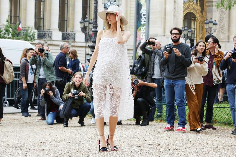 paris-couture-fashion-week-streetstyle-8-vogue.com_