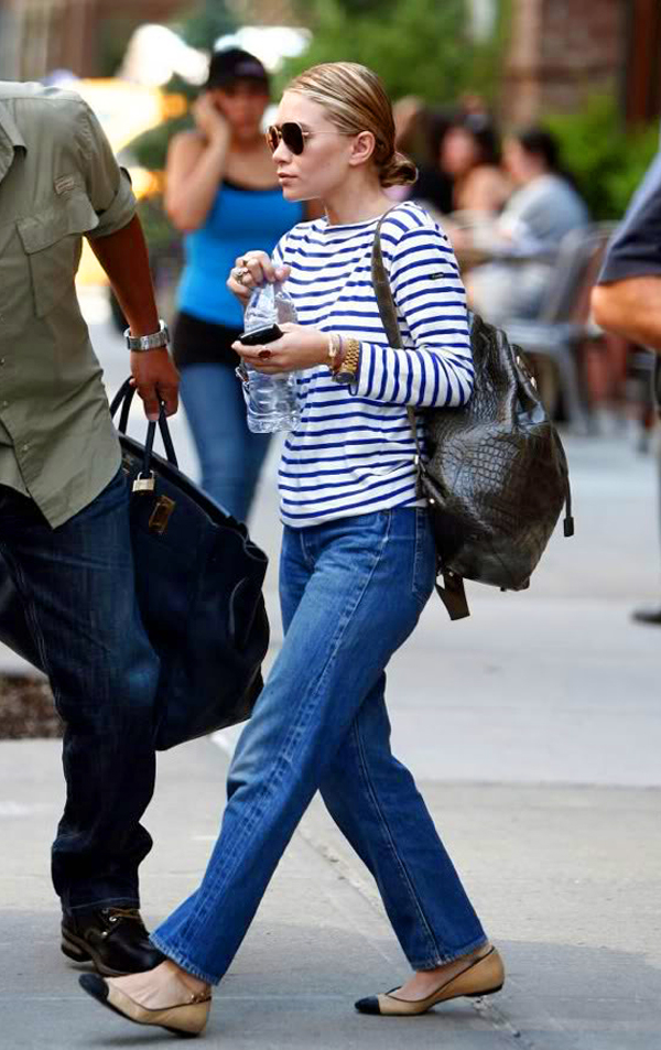 Olsens-Anonymous-Blog-Mary-Kate-Ashley-Olsen-13-Ways-To-Wear-Stripe-Tops-Like-The-Olsen-Twins-Croc-Backpack