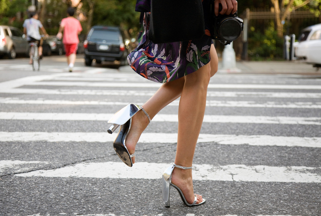 street-style-ankle-strap-sandals