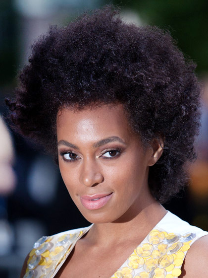 solange-knowles-curly-haircut