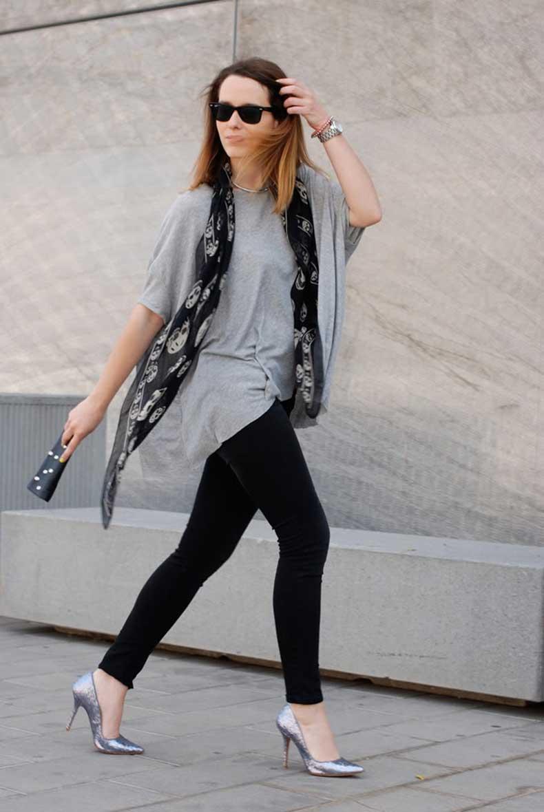 4-street_style-looks-skull_scarf-skull_clutch_alexander_mcqueen-glitter-shoes-macarena_gea