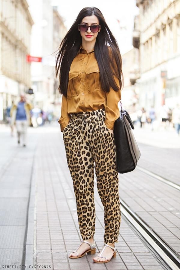 4_leopard-print-pants