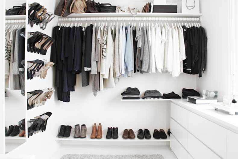 6-Le-Fashion-Blog-A-Fashionable-Home-Minimal-Bright-Walk-In-Closet-Scandinavian-Minimal-Interior-Design-Bag-Shelf-Via-Stylizimo