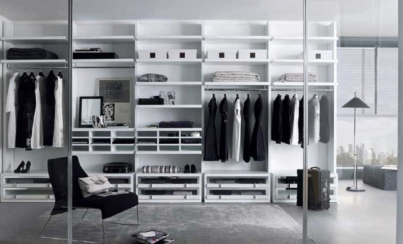 Cool-Walk-In-Closet-Designs-Sliding-Glass-Door