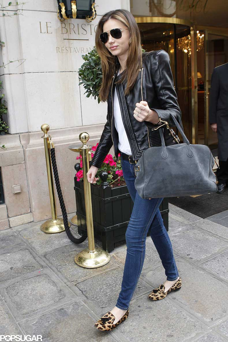 Even-most-laid-back-outfit-Miranda-exuded-cool-black