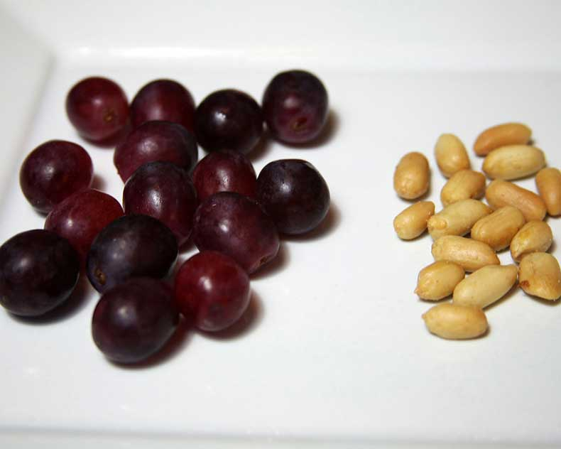 Grapes-Peanuts