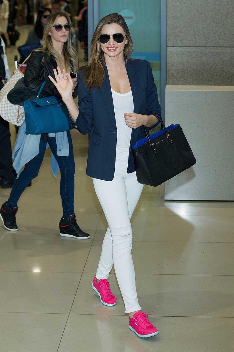 Leave-Miranda-make-navy-blazer-neon-sneakers-look