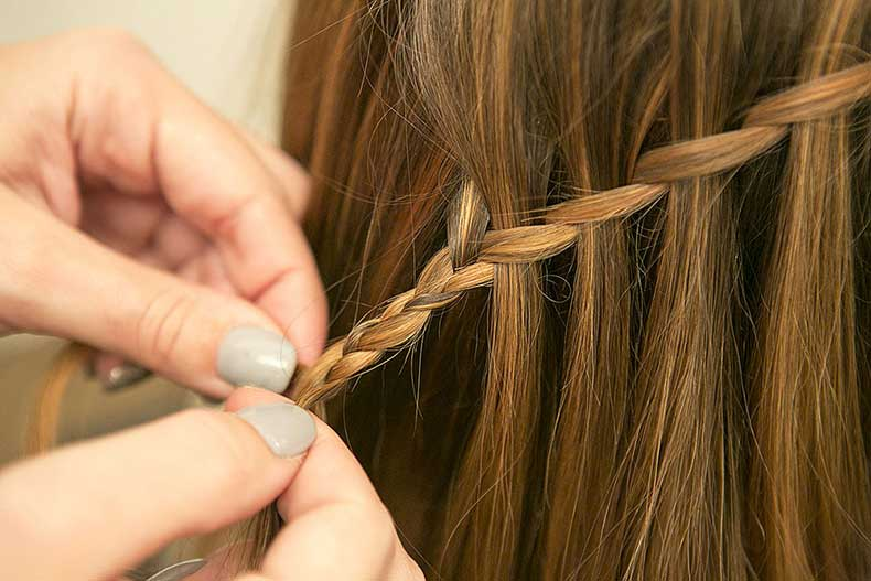 Once-you-reach-end-extend-woven-section-hair-1
