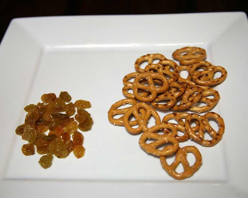 Pretzels-Raisins