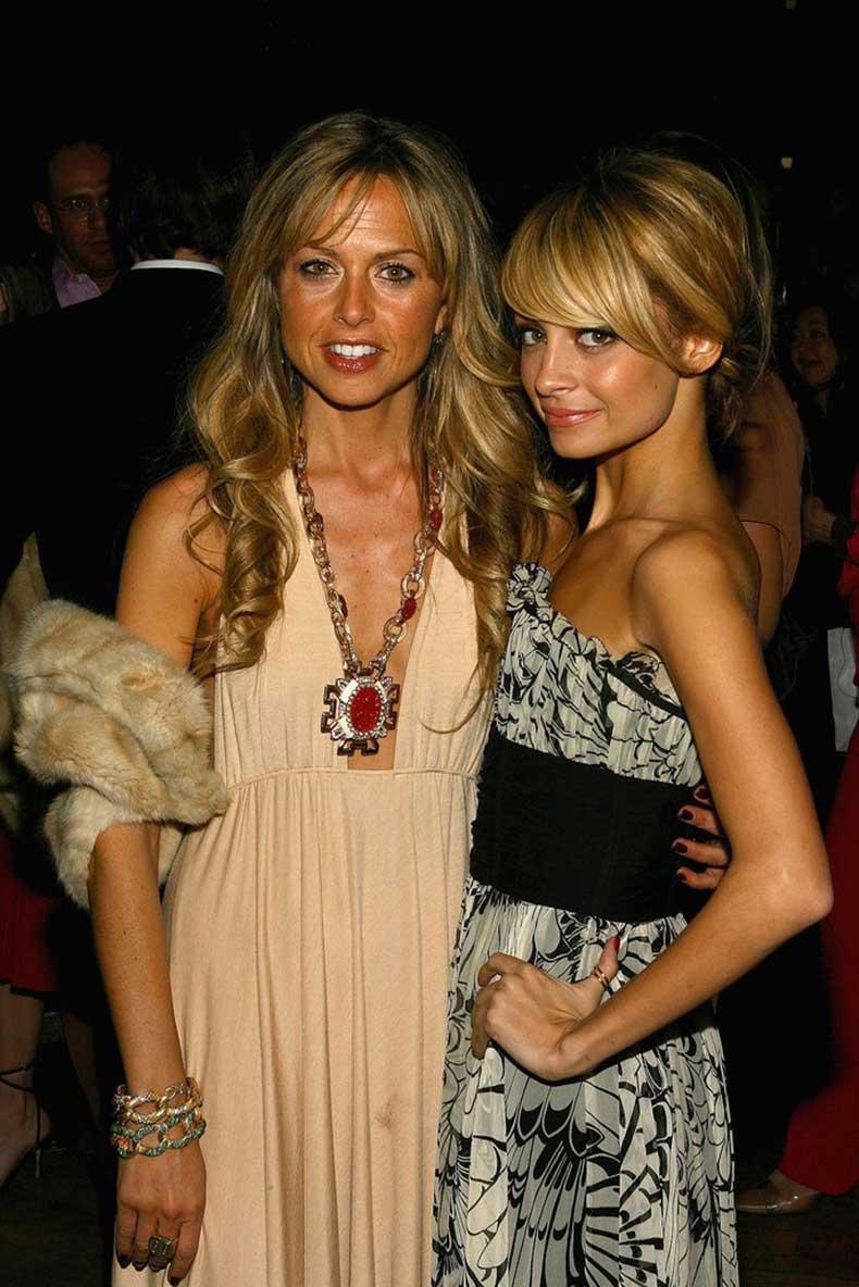 She-her--stylist-Rachel-Zoe-attended-Marchesa-runway-show