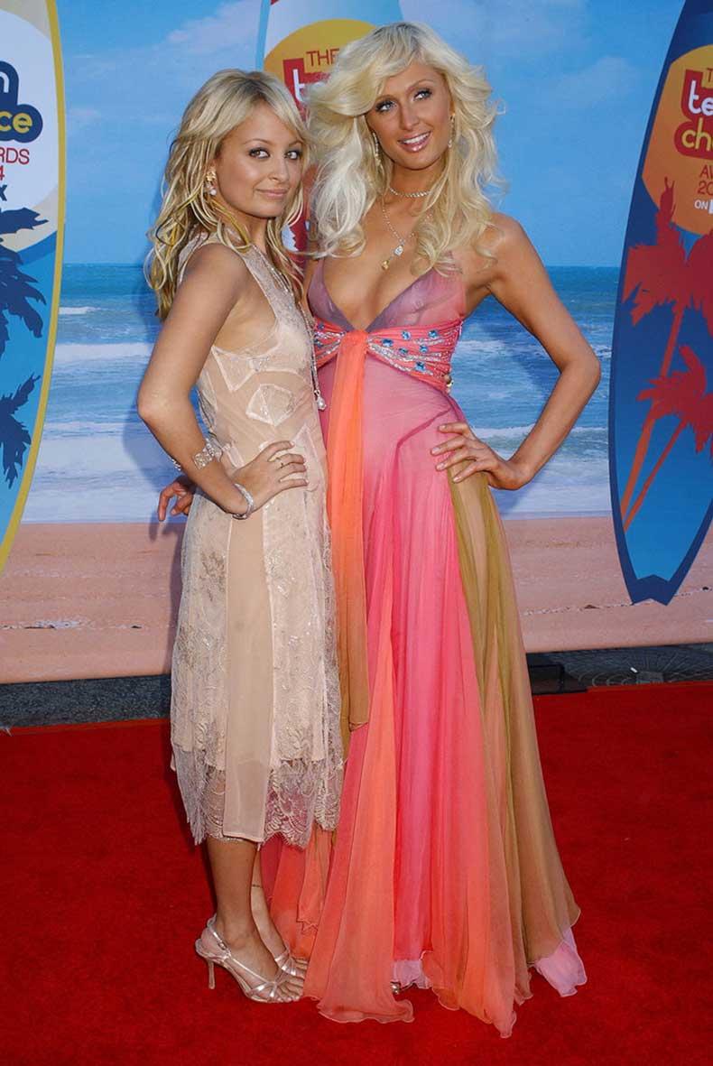 She-hit-red-carpet-her-Teen-Choice-Awards-hosting-gig