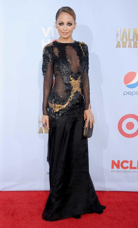 She-turned-out-red-carpet-ALMA-Awards-LA