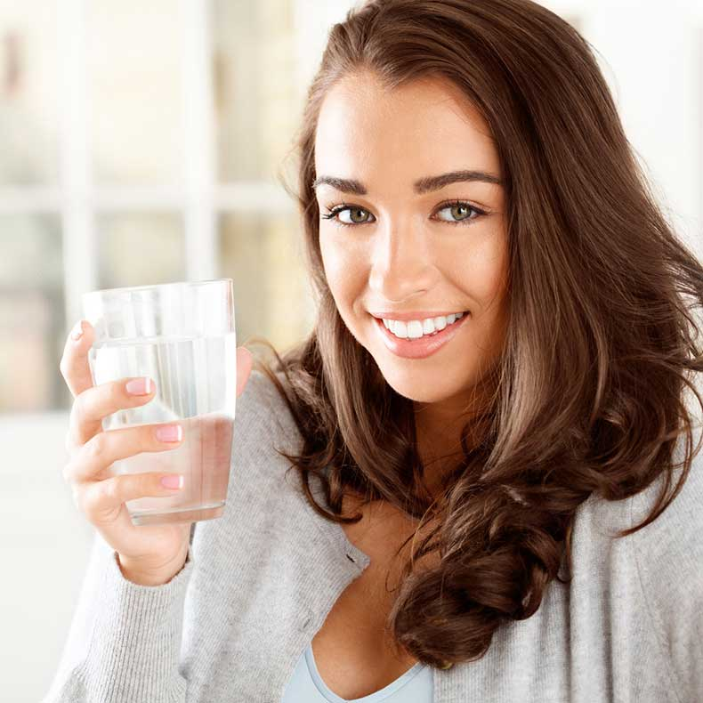 Why-Drinking-Water-Good-Your-Skin