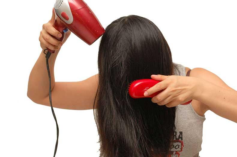 blow-dry-hair-step-7