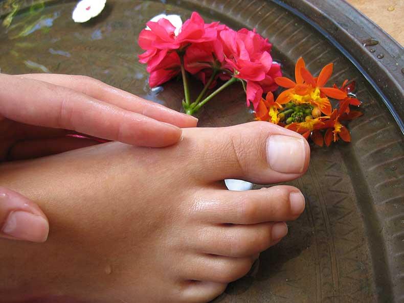 dreamstime_beautiful-feet