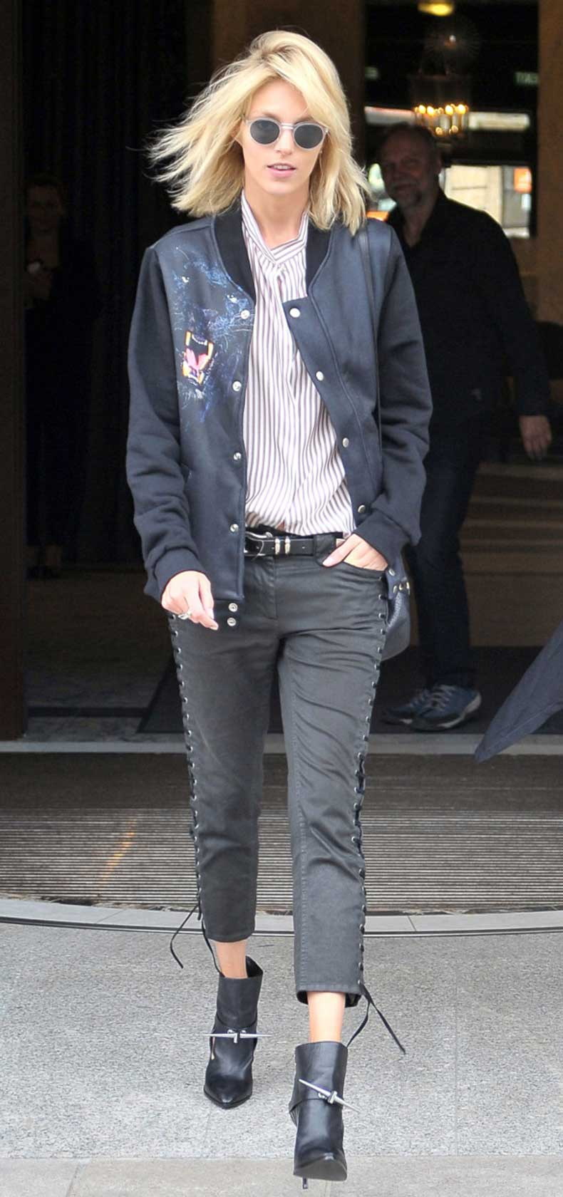 la-modella-mafia-Anja-Rubik-in-a-Givenchy-panther-bomber-jacket-2013-street-style