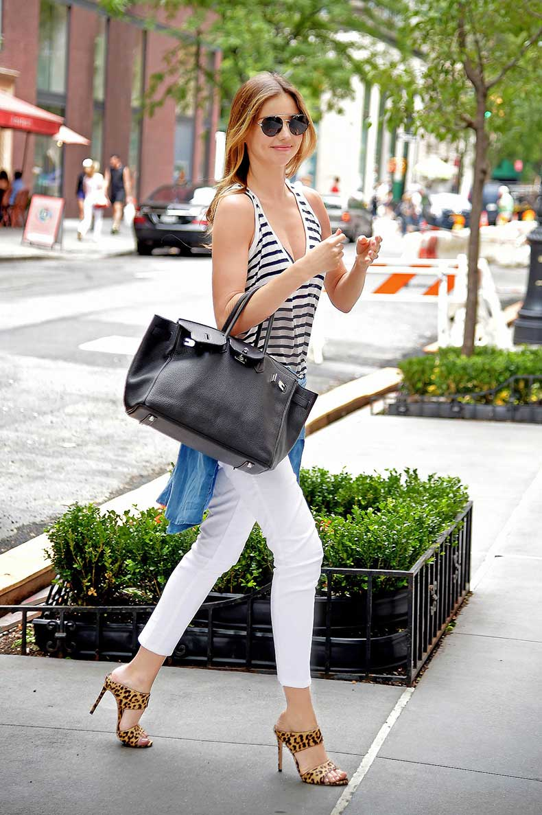 one-supermodel-who-loves-her-heels-when-comes