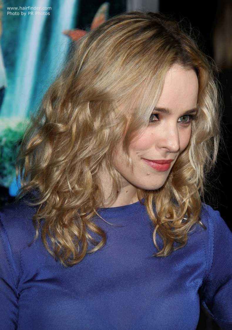 rachel-mcadams-long-curly-hair