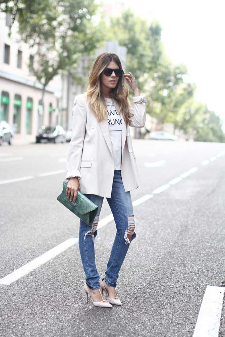 ripped-jeans-street-style-3_zps44574056original