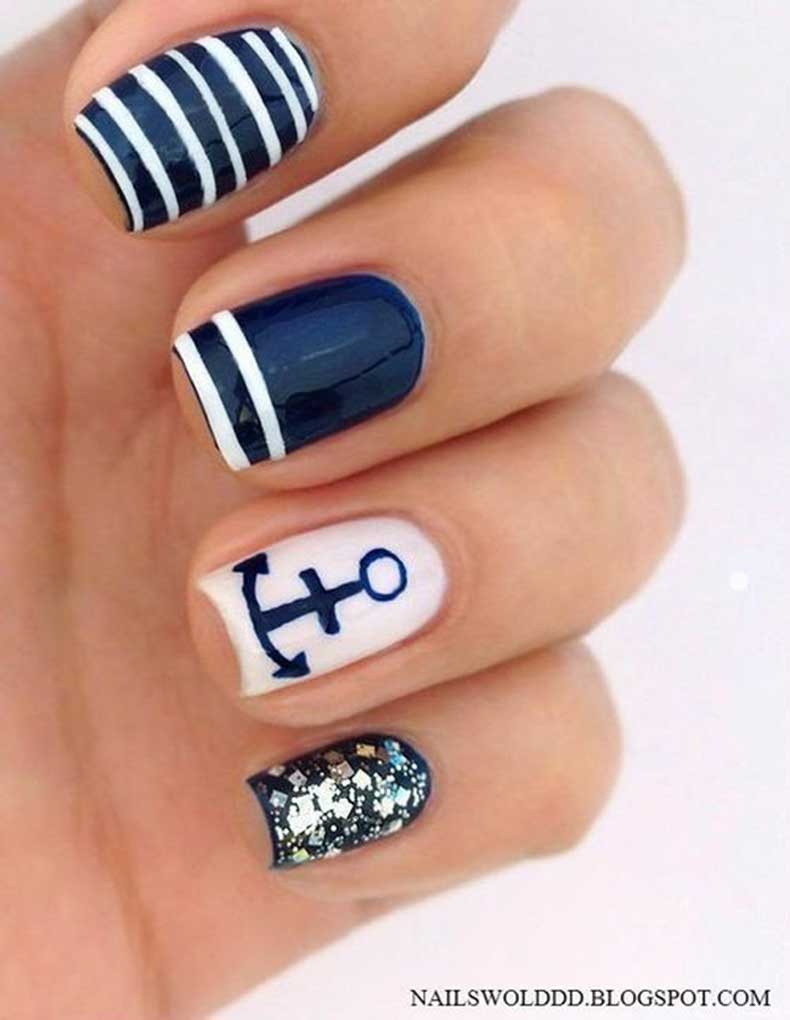 sparkly-anchor-manicure