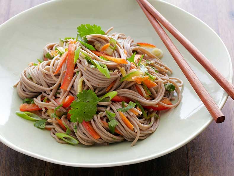 0150174_buckwheat-noodle-salad_s4x3