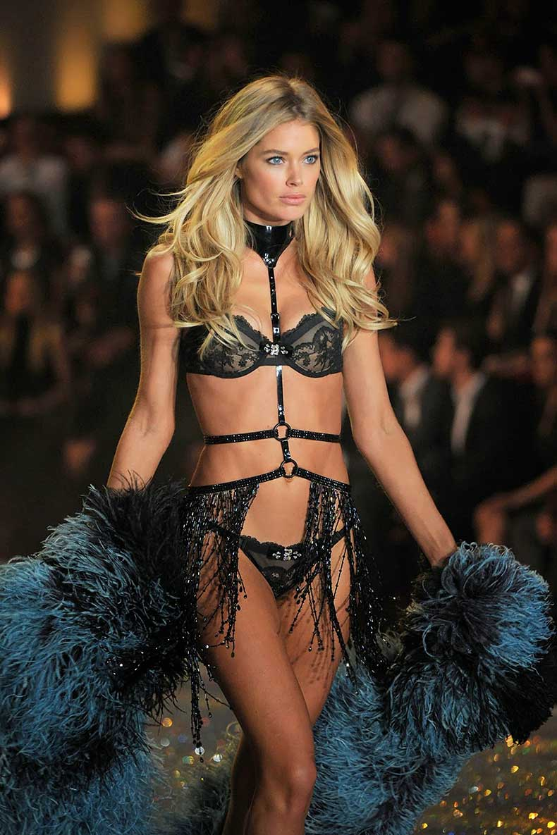 Doutzen-Kroes-2013-11-13-VS-7