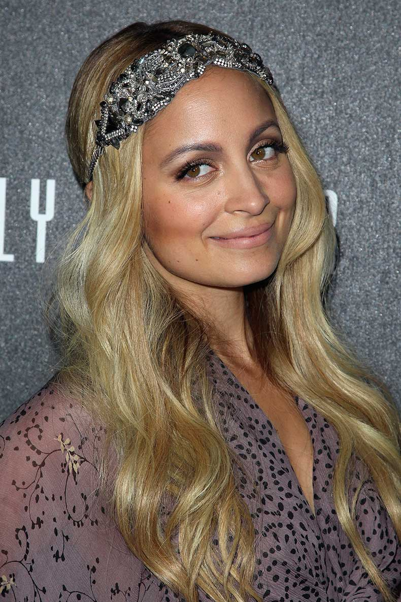 Embellished-headbands-were-huge-hair-accessory-trend-time