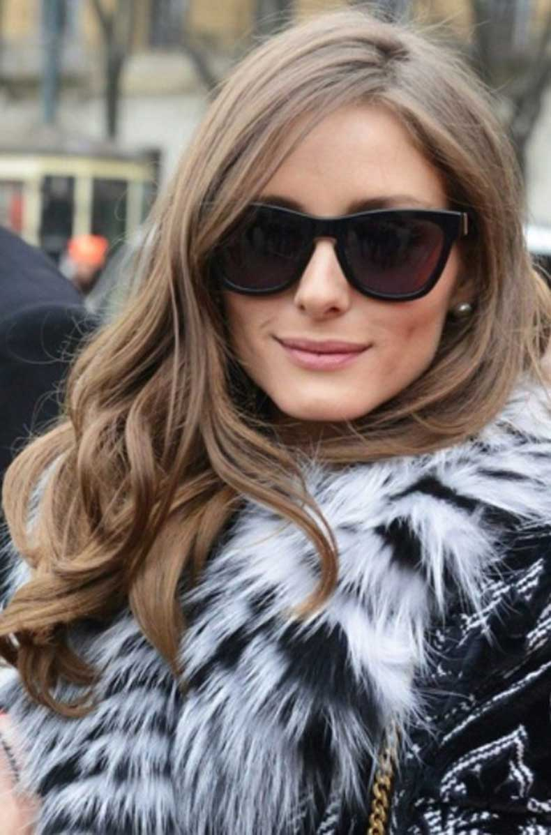 Olivia-Palermo-Hairstyles-Side-swept-Curls
