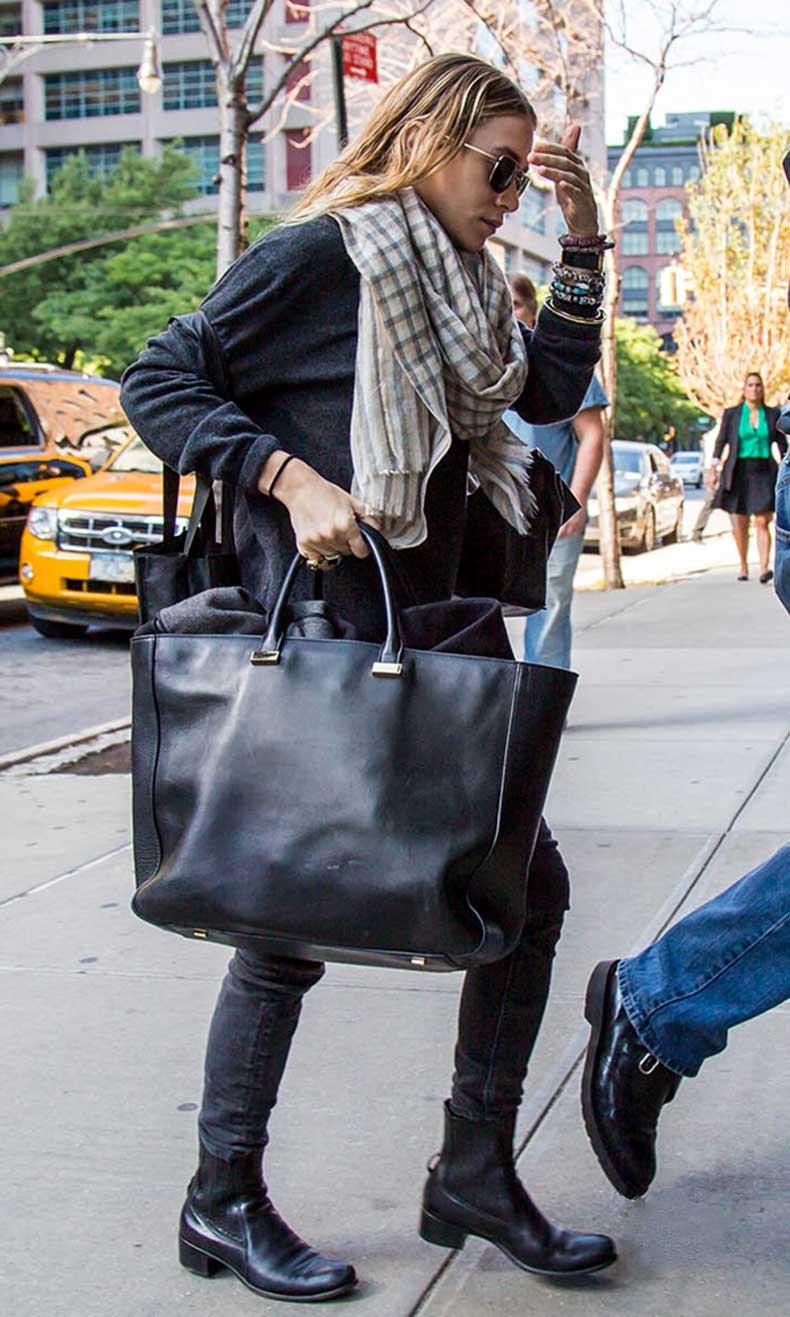 Olsens-Anonymous-Blog-Ashley-Olsen-Casual-Downtown-Cool-New-York-City-Tartan-Plaid-Scarf-The-Row-Bag-Denim-Boots