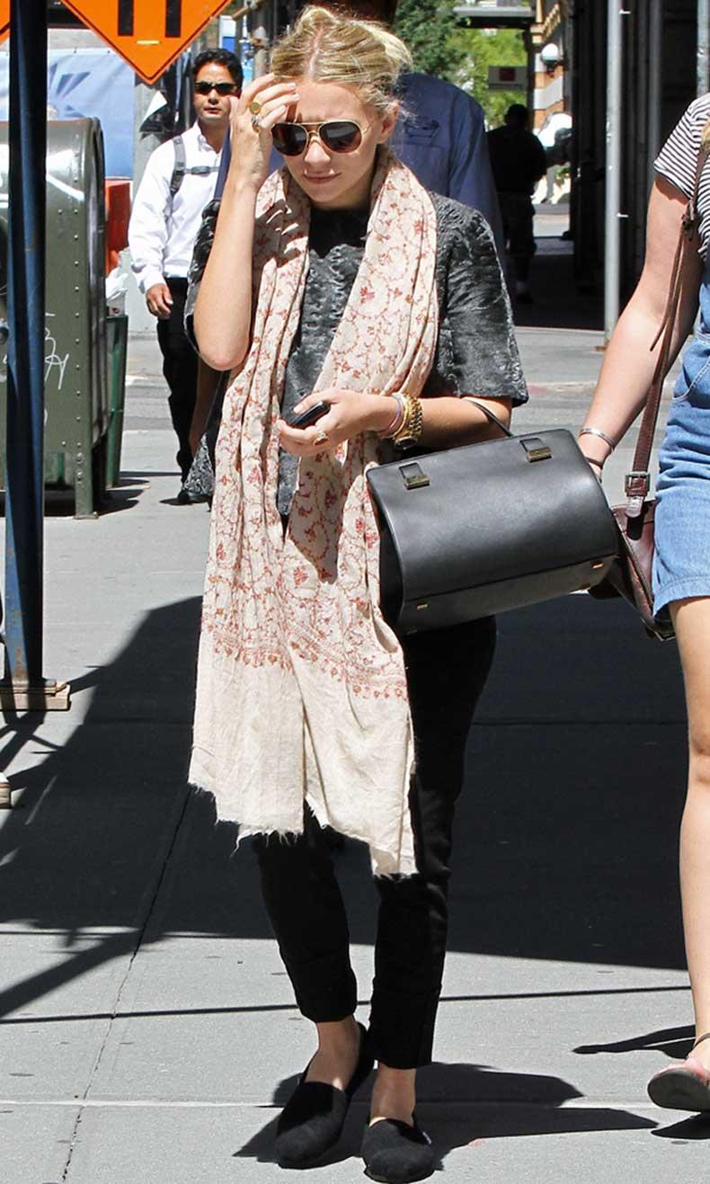 Olsens-Anonymous-Blog-Ashley-Olsen-Chic-In-Mixed-Prints-Aviator-Sunglasses-Print-Scarf-Fur-T-Shirt-The-Row-Bag-Pants-Flats