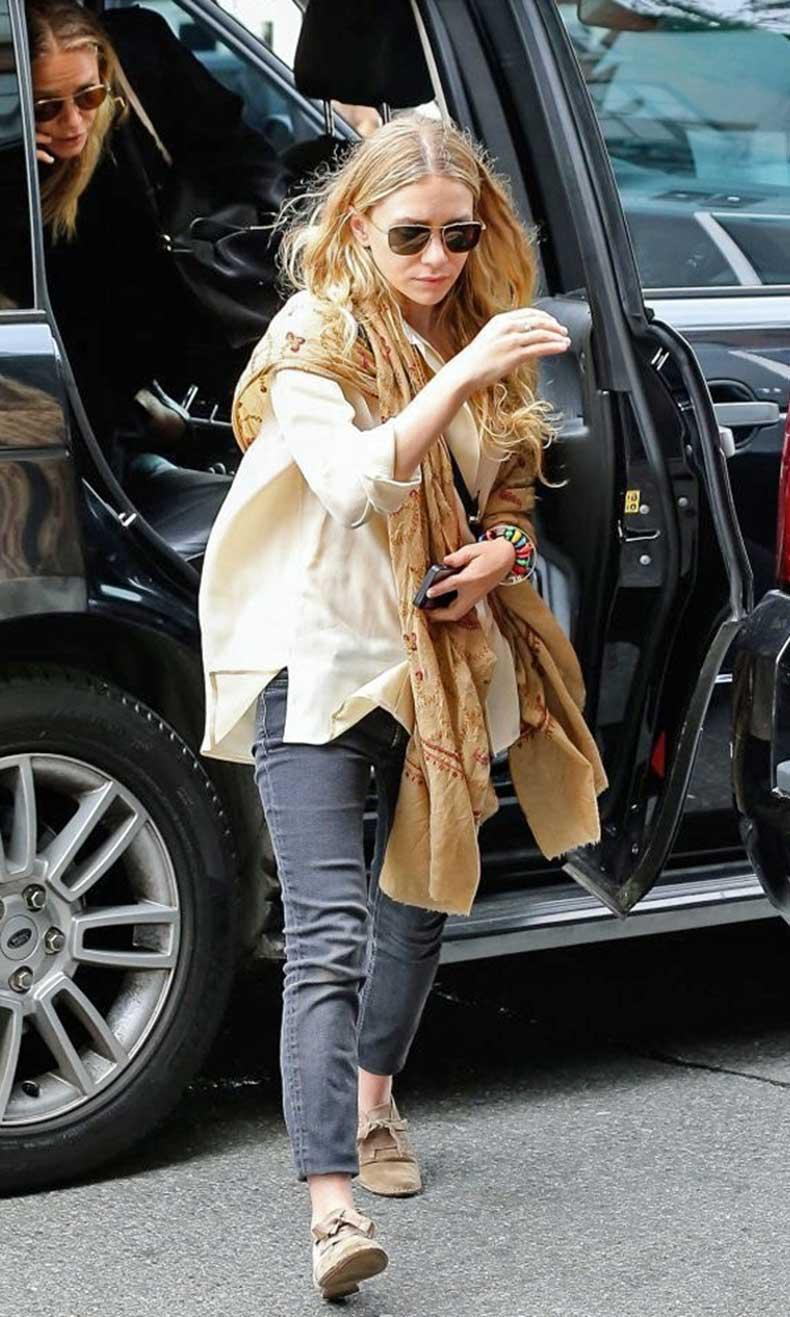 Olsens-Anonymous-Blog-Ashley-Olsen-New-York-Fashion-Week-2014-Beige-Tan-Blouse-Print-Scarf-Denim-Loafers