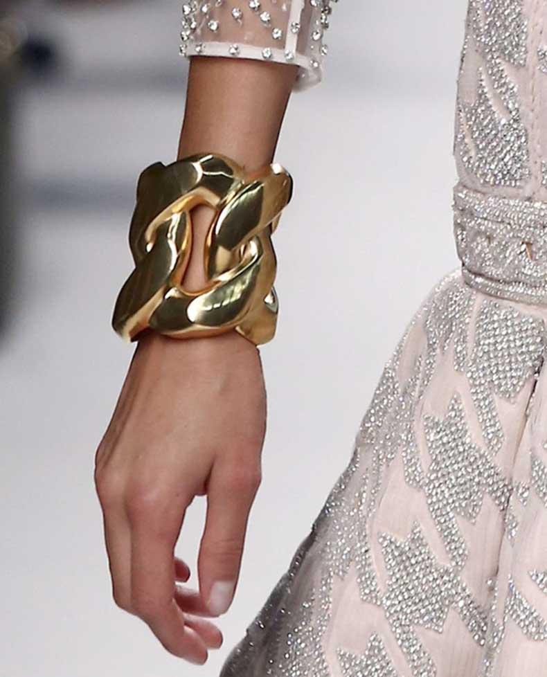 Oversized-Jewelry-Balmain-Bracelet