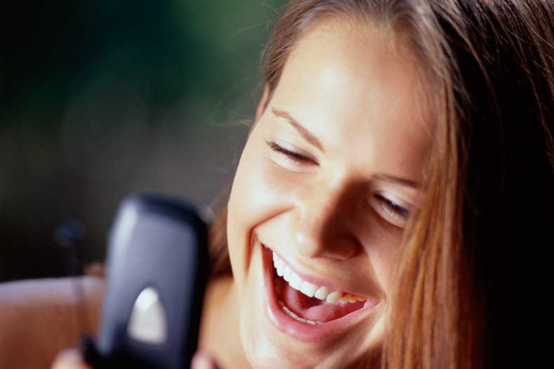 cell-phone-monitoring-1-girl1