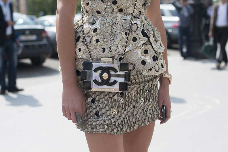 couture-street-style-accessories-black-white-chanel-main