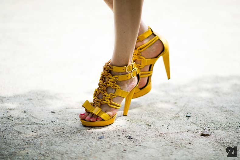 2143-Le-21eme-Adam-Katz-Sinding-Yellow-Heels-Paris-Haute-Couture-Fashion-Week-Fall-Winter-2012-2013-France-New-York-City-Street-Style-Blog_D4A8105