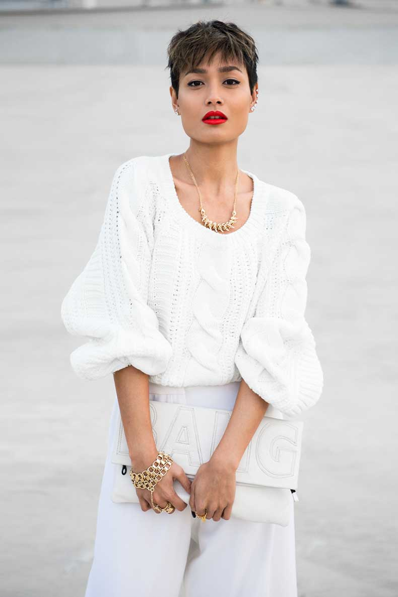 Micah-Gianneli_Best-top-fashion-style-lifestyle-blogger_Rihanna-Riri-style_Popcherry-Fashion_All-White-editorial-street-style_Pixie-hair_White-sweater-wide-leg-pants_Anna-Quan_Elle-Tarplin_-6