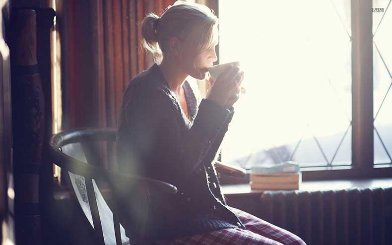 enjoying-morning-coffee-28914-1920x1200
