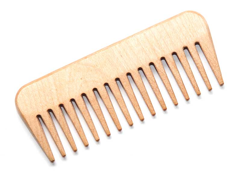 wide-tooth-comb
