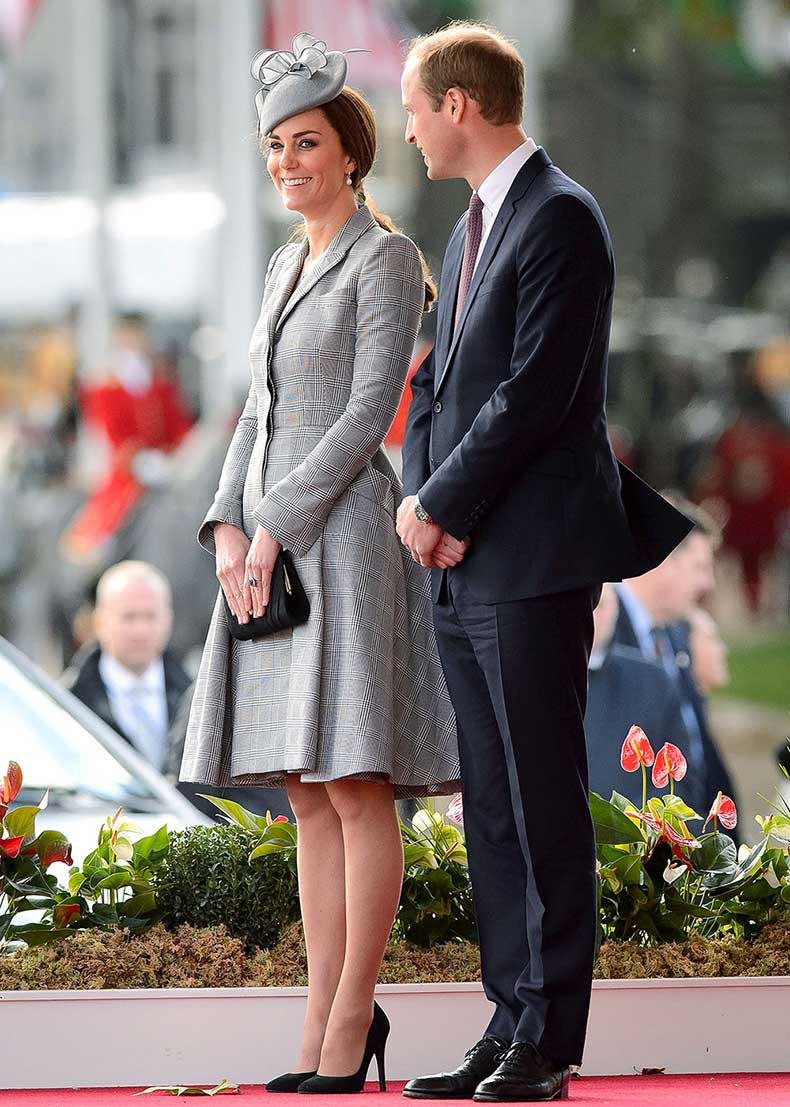 1413894577_kate-middleton-prince-william-zoom