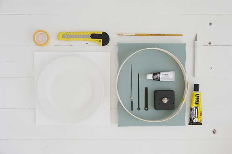 Design-Sponge-Spotted-Clock-Tutorial-Materials-500x333