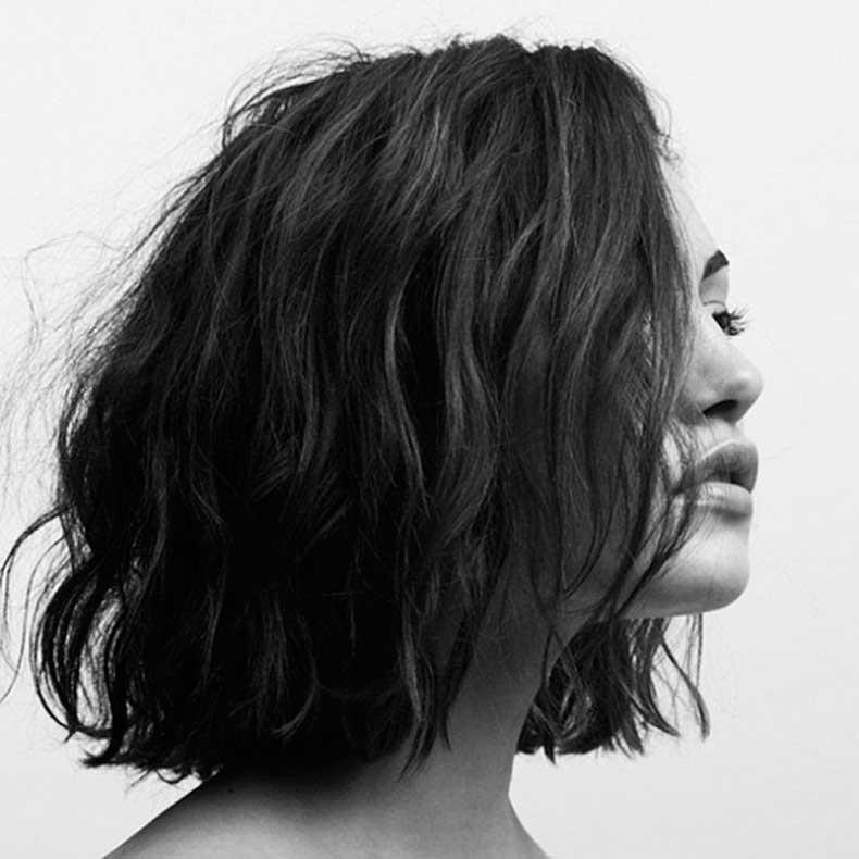 Phoebe-Tokin-wavy-bob-short-hair-Pierre-Toussaint-photography