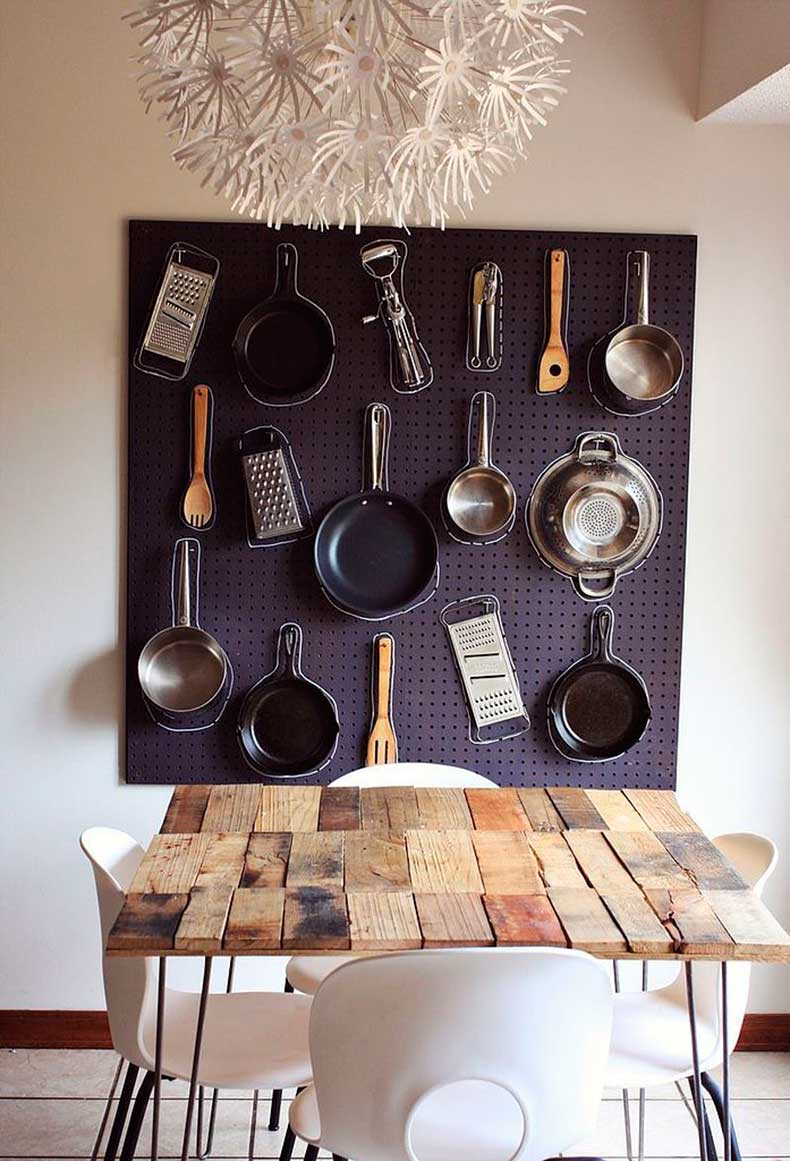 Picture-Pegboard